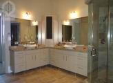<p>High Gloss Master Bathroom</p>